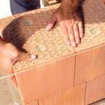 Поризованные керамические блоки: особенности и характеристики