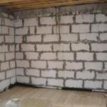 Оштукатуривание стен из пенобетона