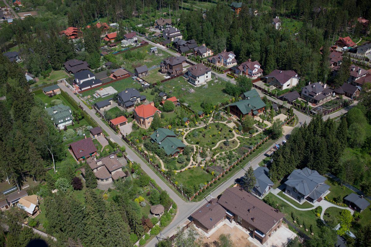 Преимущества купли недвижимости в коттеджных поселках Подмосковья