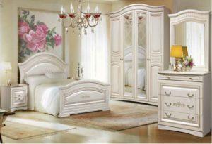 Спальня - светлая или затененная